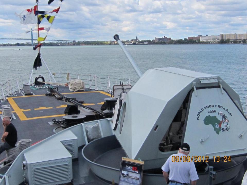 Forecastle deck gun